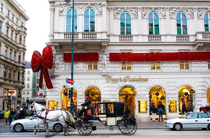 01-Christmas-Holidays-In-Vienna